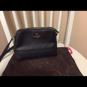 Kate Spade crossbody with dust cover